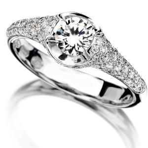 anello oro e diamanti